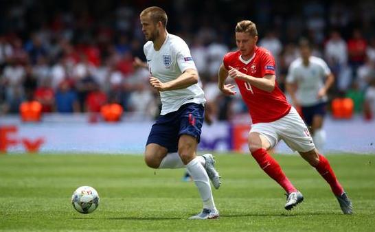 欧国联季军争夺战-英格兰6-5点球大战战胜瑞士 戴尔制胜点球皮克福德神扑