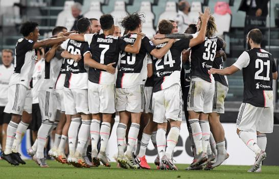 意甲-尤文2-0桑普提前2轮锁定9连冠 C罗贴地斩+失点
