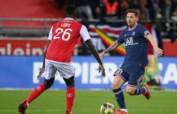 法甲-巴黎2-0兰斯 喜迎4连胜  梅西替补首秀姆巴佩双响
